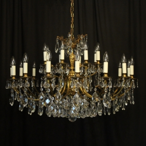 Italian Gilded 24 Light Antique Chandelier